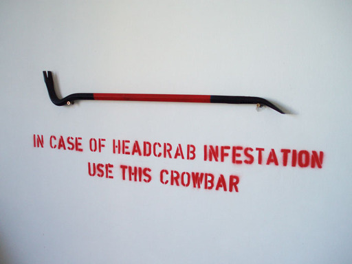 http://www.gamer.ru/system/attached_images/images/000/019/336/normal/chidoris_crowbar.jpg