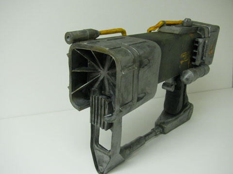 Fallout 3 - Лазерный пистолет из папье-маше