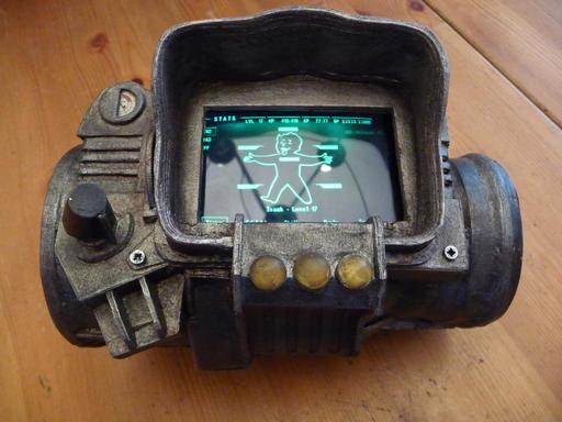 Fallout 3 - Самодельный Pip Boy 3000 улучшенный пост + ещё фото ;)