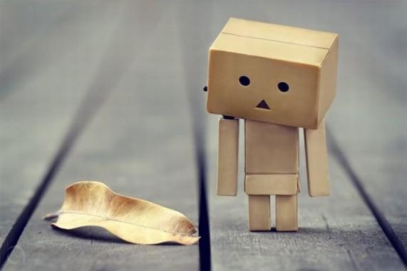 тренд картонных человечков