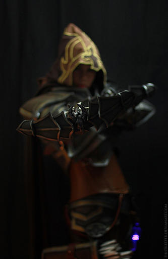Diablo III - Demon Hunter Cosplay by FirstKeeper