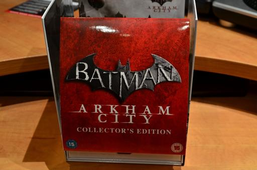 Batman: Arkham City - Распаковка и обзор Collector`s Ed. (PS3, UK)