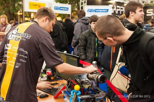 Киберспорт - Финал TECHLABS CUP RU 2012: Overclocking