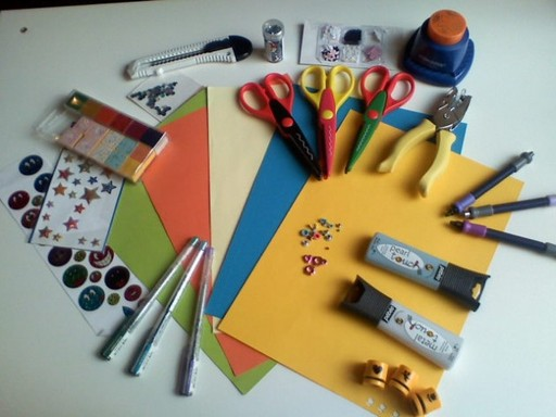 Инструменты для изготовления открыток