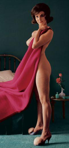 Фото голых женщин мафия